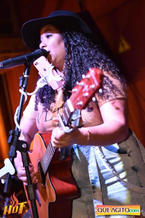 Sabadão da Hot contou com show de Juliana Amorim e OMP 139
