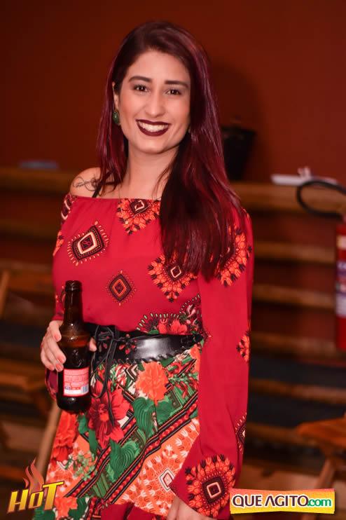 Sabadão da Hot contou com show de Juliana Amorim e OMP 135