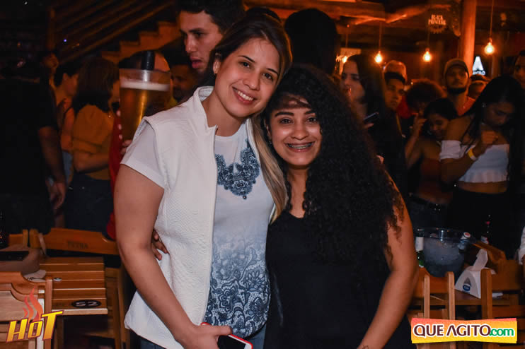 Sabadão da Hot contou com show de Juliana Amorim e OMP 122