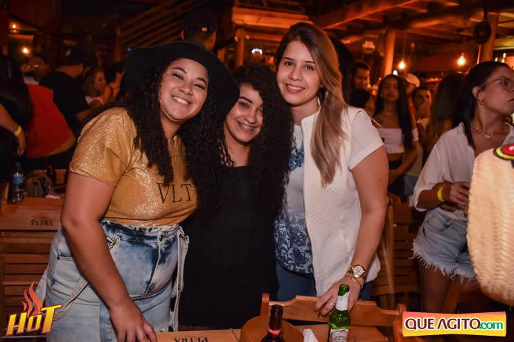 Sabadão da Hot contou com show de Juliana Amorim e OMP 112
