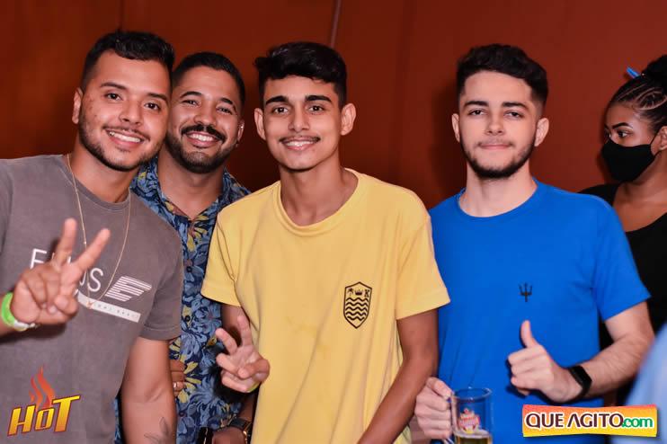 Sabadão da Hot contou com show de Juliana Amorim e OMP 104