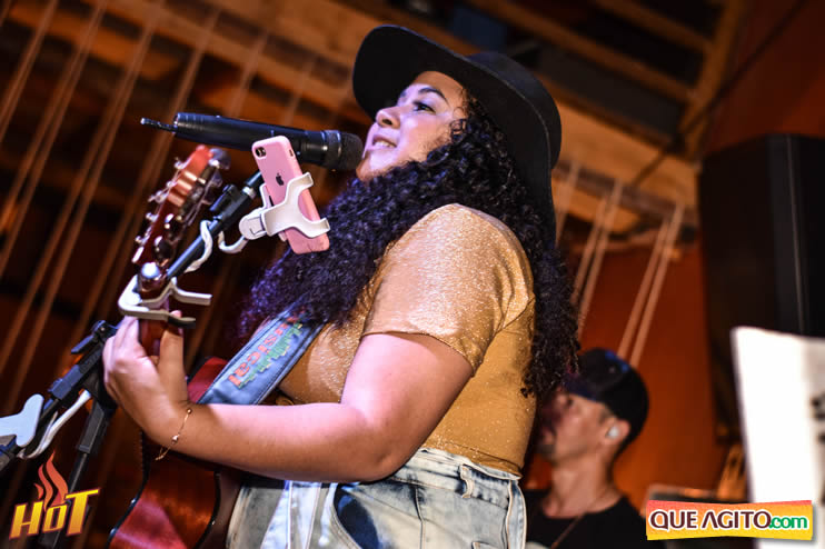 Sabadão da Hot contou com show de Juliana Amorim e OMP 101