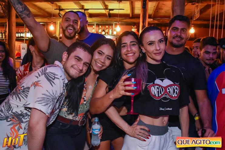Sabadão da Hot contou com show de Juliana Amorim e OMP 80