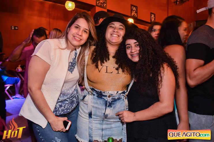 Sabadão da Hot contou com show de Juliana Amorim e OMP 44