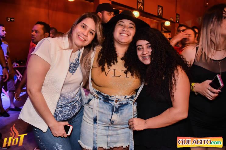 Sabadão da Hot contou com show de Juliana Amorim e OMP 40