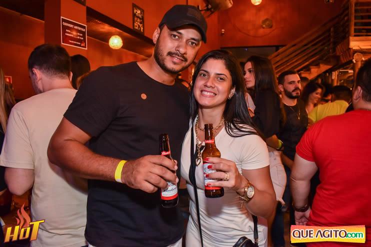 Sabadão da Hot contou com show de Juliana Amorim e OMP 42