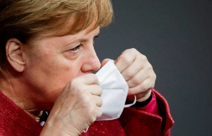Alemanha fecha escolas e comércio até 10 de janeiro para frear Covid-19 23