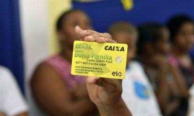 Após redução do auxílio emergencial, fila do Bolsa Família volta a 1 milhão de cadastros 45
