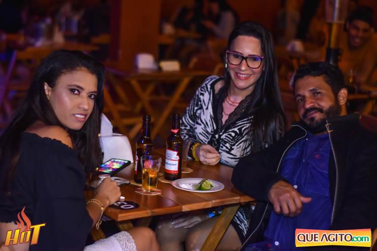 Eunápolis: Noite de sexta muito agitada com Júlio Cardozzo na Hot 25