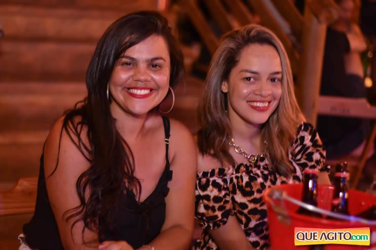 Eunápolis: Noite de sábado muito contagiante na Hot com show de Petra 23