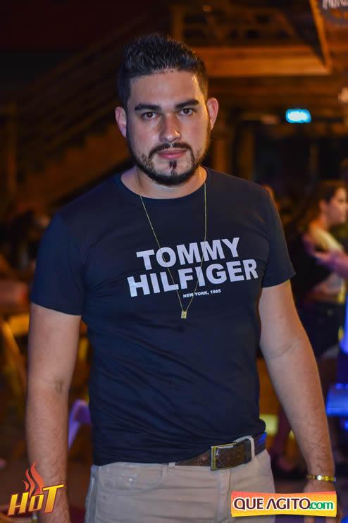 Eunápolis: Noite de sexta muito agitada com Júlio Cardozzo na Hot 32
