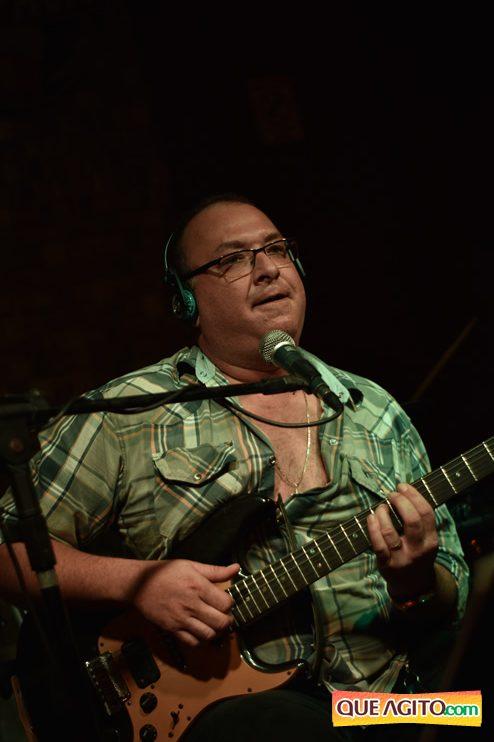 Eunápolis: Muita música boa com Fabiano Araújo e Juliana Amorim na Hot 144