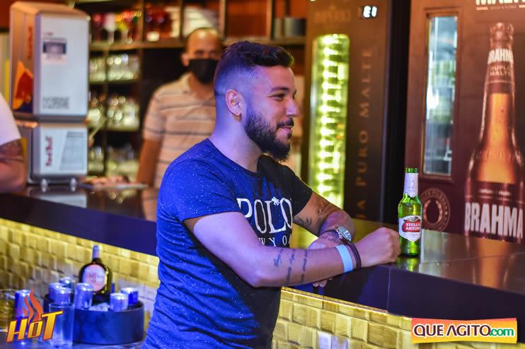 Eunápolis: Noite de sexta muito agitada com Júlio Cardozzo na Hot 34