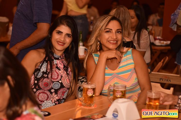Eunápolis: Muita música boa com Fabiano Araújo e Juliana Amorim na Hot 129