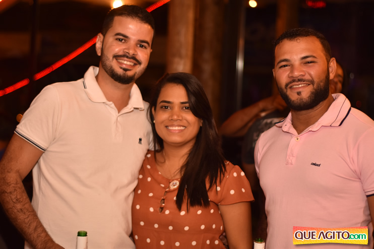 Eunápolis: Muita música boa com Fabiano Araújo e Juliana Amorim na Hot 125