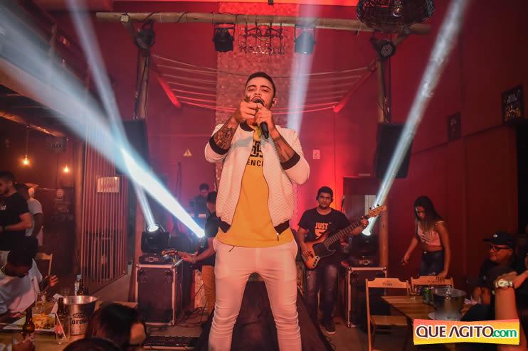 Julio Cardozzo retorna aos palcos e contagia público da Hot 53