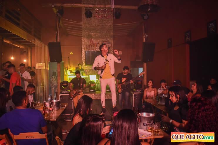 Julio Cardozzo retorna aos palcos e contagia público da Hot 57