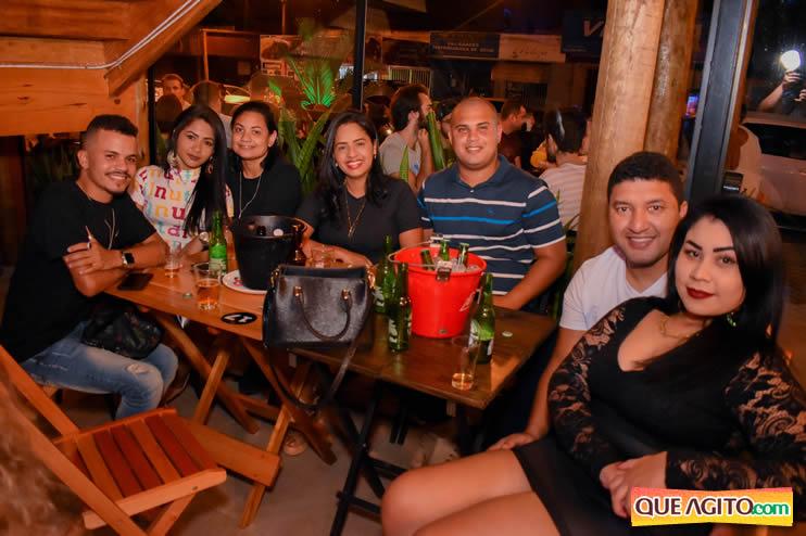 Eunápolis: Noite de sábado muito contagiante na Hot com show de Petra 62