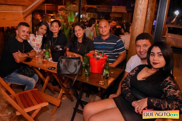 Eunápolis: Noite de sábado muito contagiante na Hot com show de Petra 59