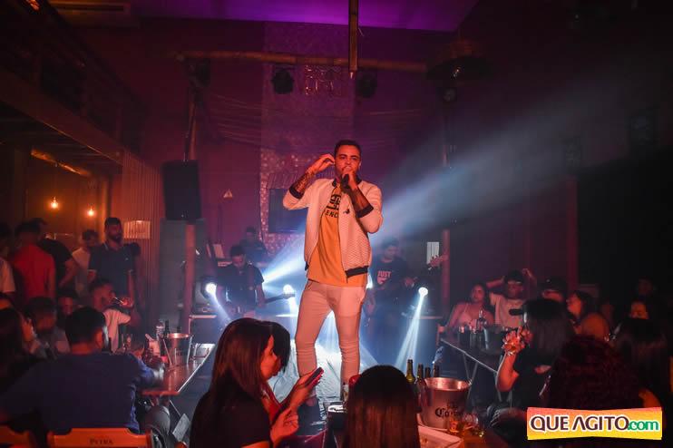 Julio Cardozzo retorna aos palcos e contagia público da Hot 58