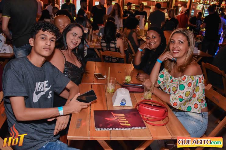 Eunápolis: Noite de sexta muito agitada com Júlio Cardozzo na Hot 61