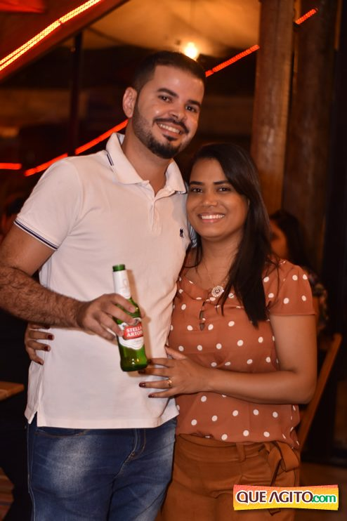 Eunápolis: Muita música boa com Fabiano Araújo e Juliana Amorim na Hot 121