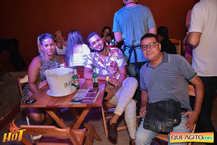 Eunápolis: Noite de sexta muito agitada com Júlio Cardozzo na Hot 67