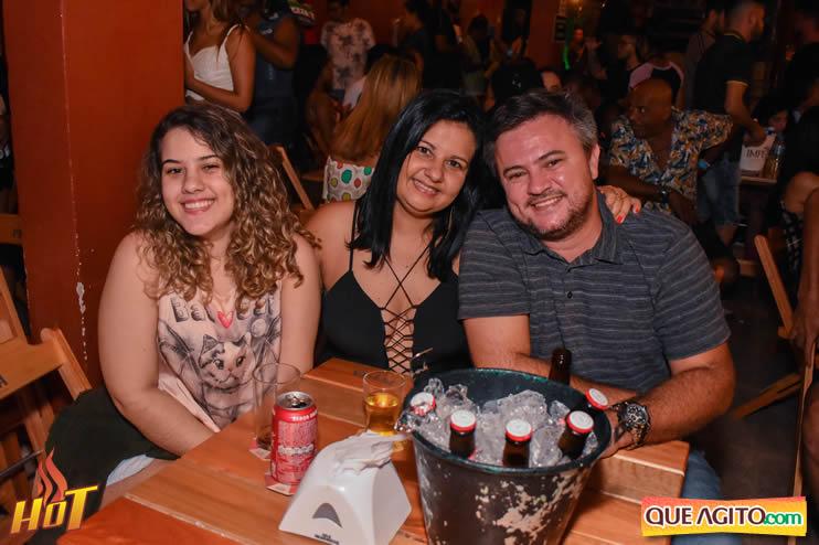 Eunápolis: Noite de sexta muito agitada com Júlio Cardozzo na Hot 65