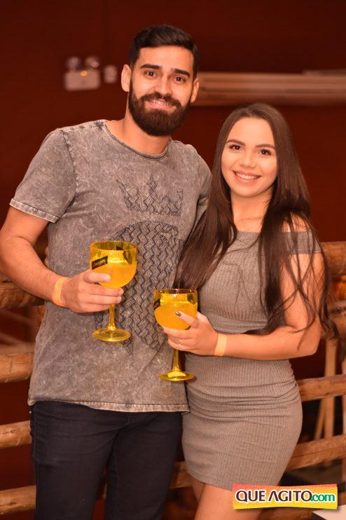 Eunápolis: Muita música boa com Fabiano Araújo e Juliana Amorim na Hot 111