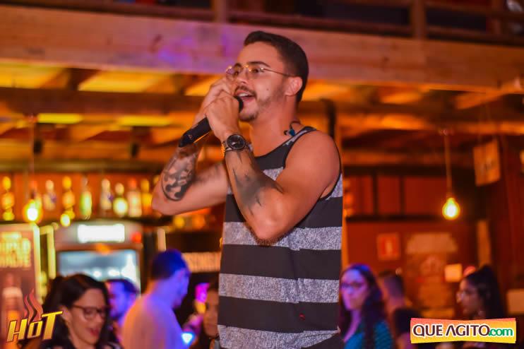 Eunápolis: Noite de sexta muito agitada com Júlio Cardozzo na Hot 68