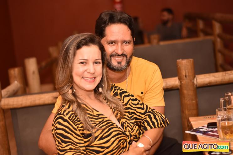 Eunápolis: Muita música boa com Fabiano Araújo e Juliana Amorim na Hot 105