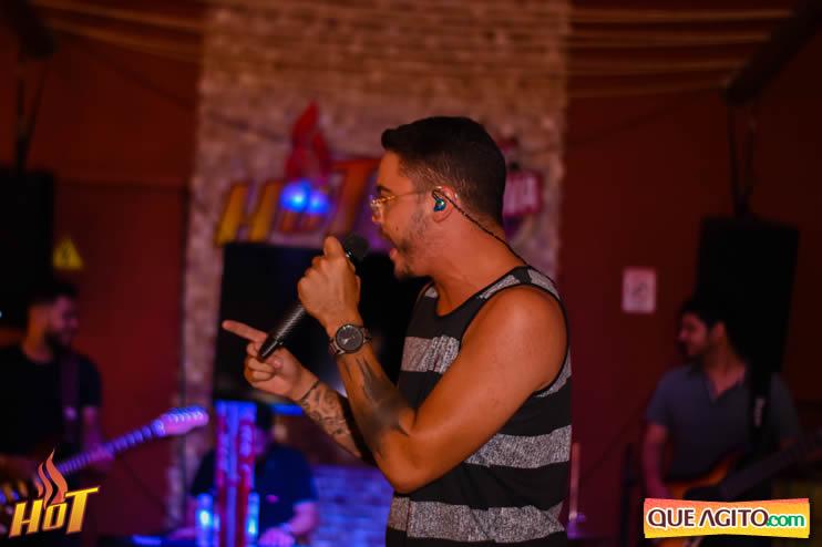 Eunápolis: Noite de sexta muito agitada com Júlio Cardozzo na Hot 76