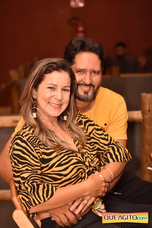 Eunápolis: Muita música boa com Fabiano Araújo e Juliana Amorim na Hot 104