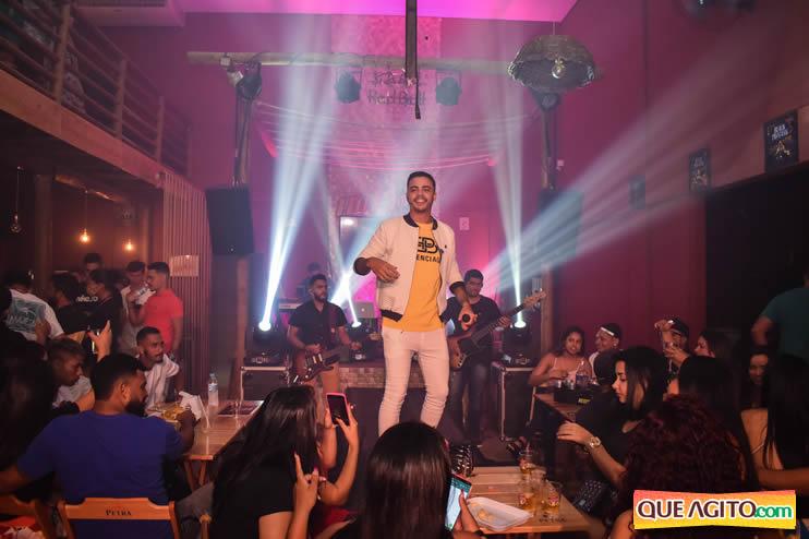 Julio Cardozzo retorna aos palcos e contagia público da Hot 71