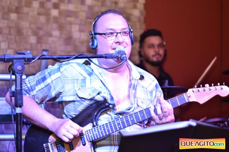 Eunápolis: Muita música boa com Fabiano Araújo e Juliana Amorim na Hot 101