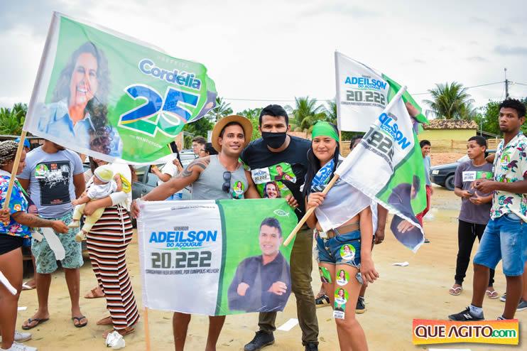 Candidato a vereador Adeilson do Açougue lança campanha com grande caminhada 64