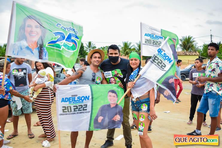 Candidato a vereador Adeilson do Açougue lança campanha com grande caminhada 68