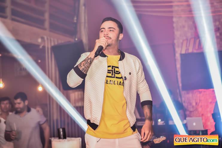 Julio Cardozzo retorna aos palcos e contagia público da Hot 72