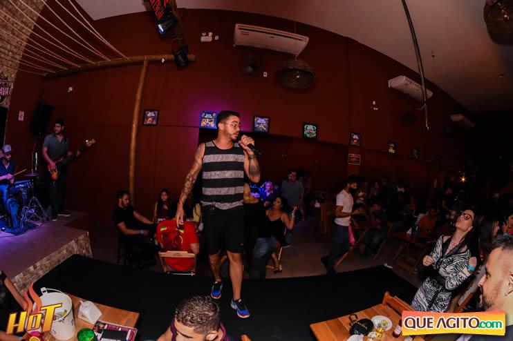 Eunápolis: Noite de sexta muito agitada com Júlio Cardozzo na Hot 89