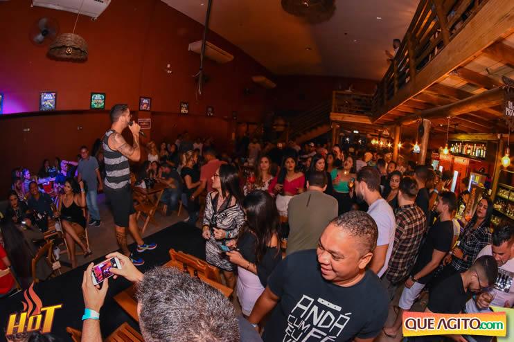 Eunápolis: Noite de sexta muito agitada com Júlio Cardozzo na Hot 88