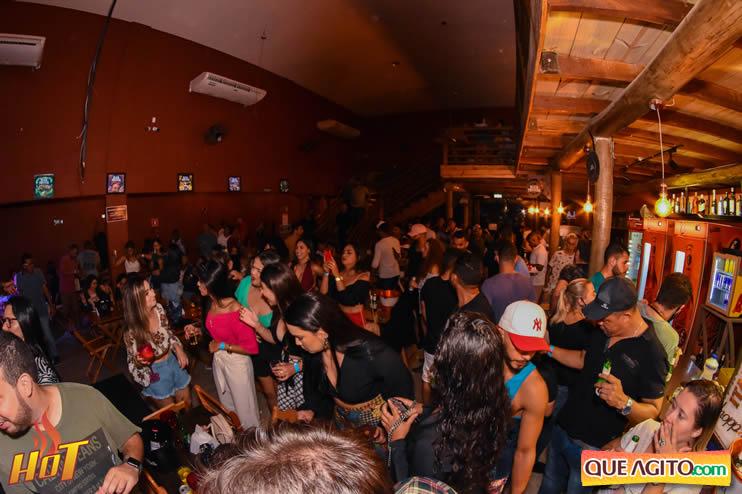 Eunápolis: Noite de sexta muito agitada com Júlio Cardozzo na Hot 86