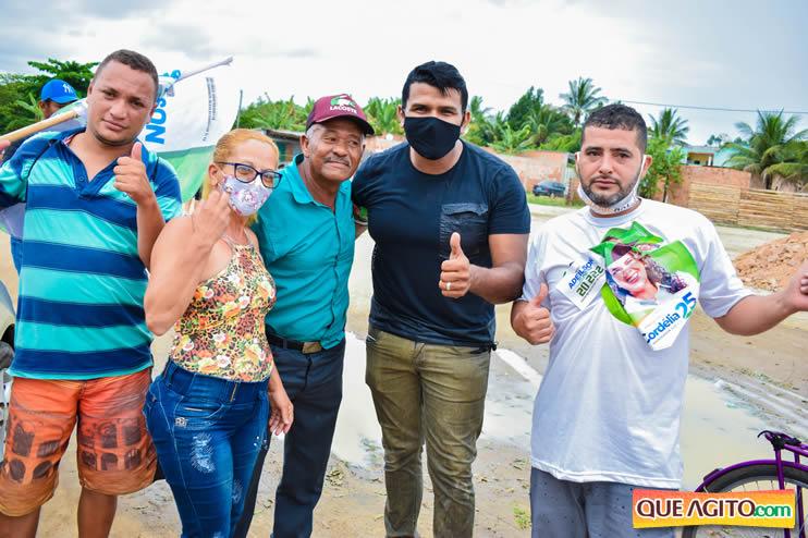 Candidato a vereador Adeilson do Açougue lança campanha com grande caminhada 77