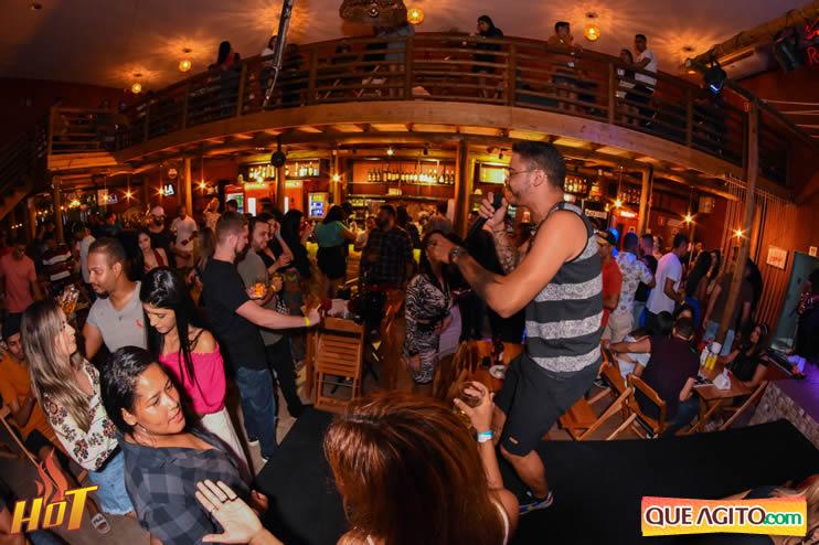 Eunápolis: Noite de sexta muito agitada com Júlio Cardozzo na Hot 93
