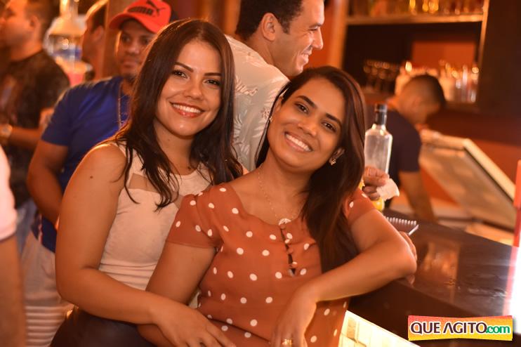 Eunápolis: Muita música boa com Fabiano Araújo e Juliana Amorim na Hot 84