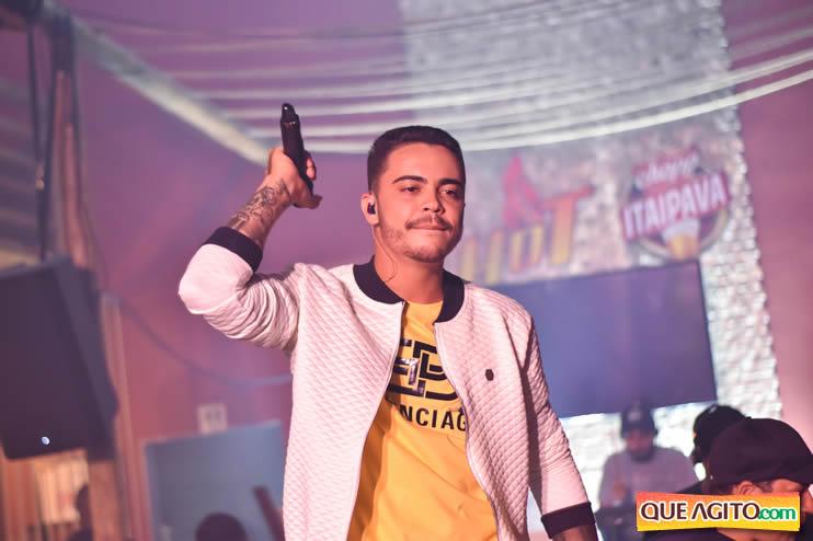 Julio Cardozzo retorna aos palcos e contagia público da Hot 80
