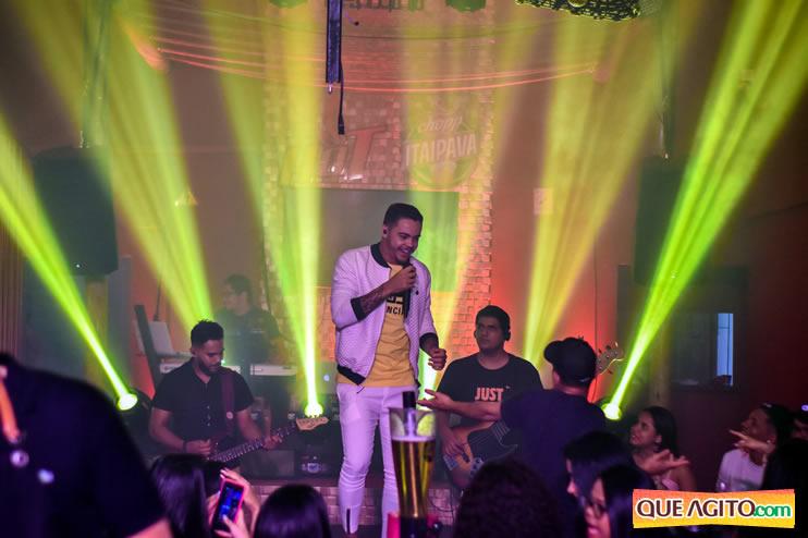 Julio Cardozzo retorna aos palcos e contagia público da Hot 84