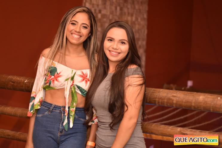 Eunápolis: Muita música boa com Fabiano Araújo e Juliana Amorim na Hot 83