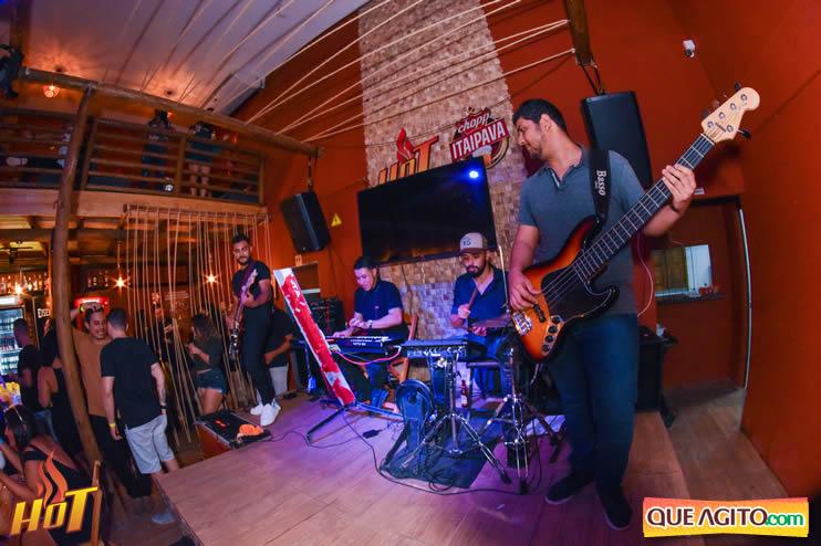 Eunápolis: Noite de sexta muito agitada com Júlio Cardozzo na Hot 98