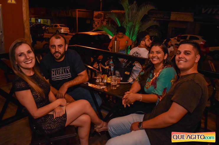 Eunápolis: Noite de sábado muito contagiante na Hot com show de Petra 104