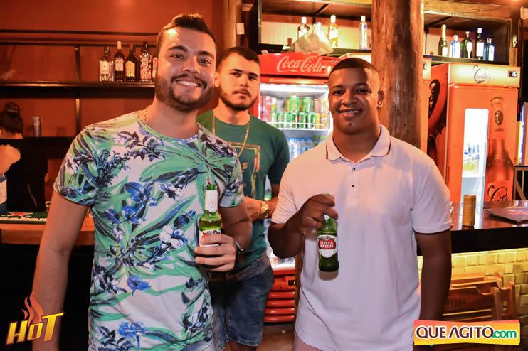 Eunápolis: Noite de sexta muito agitada com Júlio Cardozzo na Hot 106